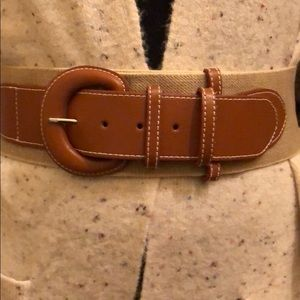 Leather and spandex material belt